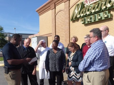 2019-Macaroni-Grill-Supports-VA-Beach-Shooter-event